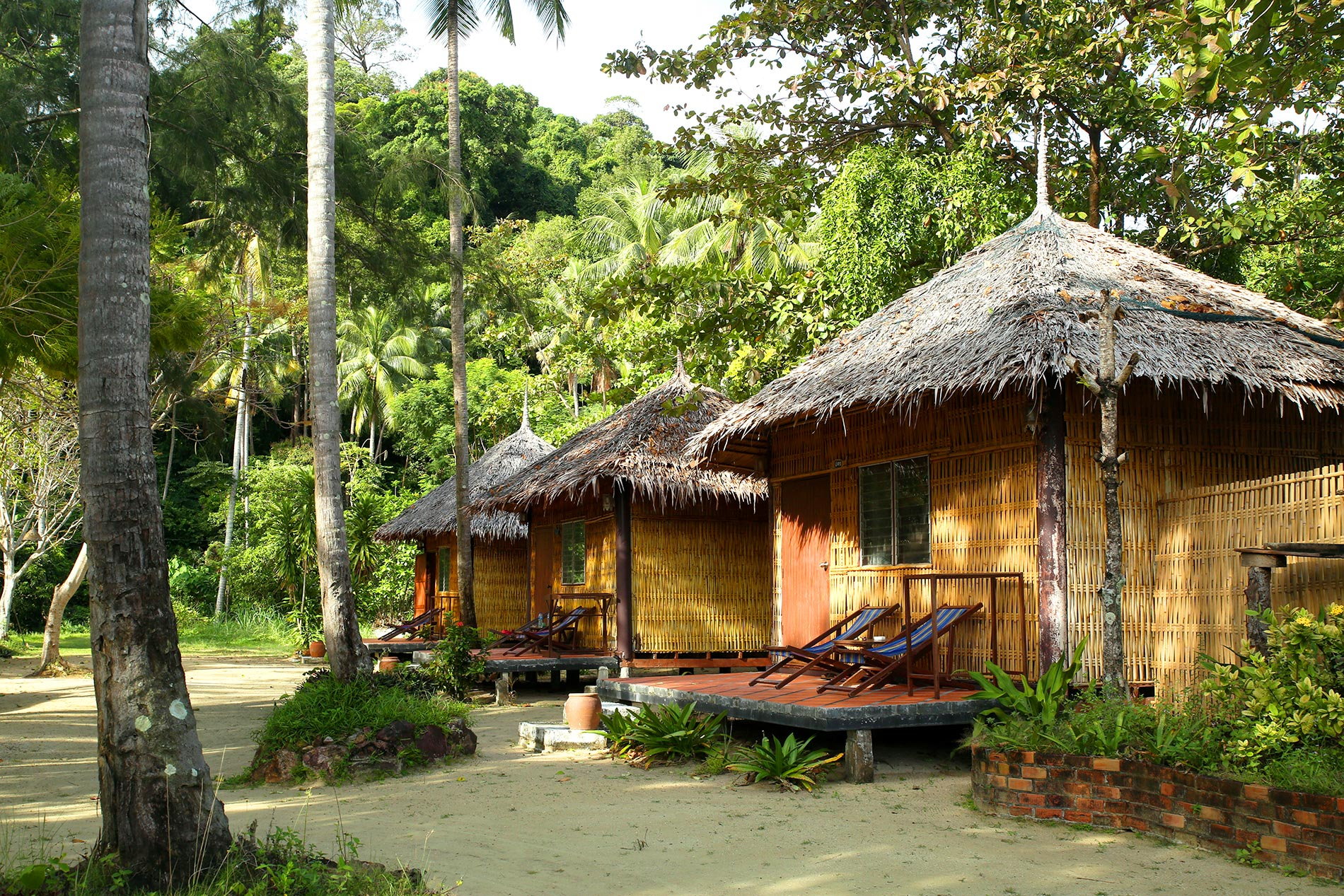 Mayalay beach resort FamilyWeekend